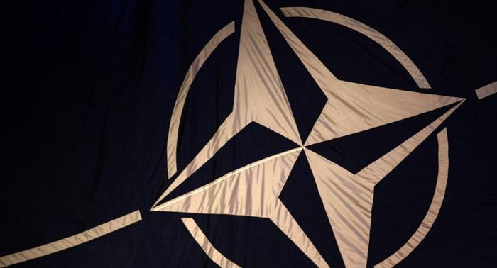 """La OTAN, dispuesta a iniciar """"mañana"""" el diálogo con los militares rusos"""